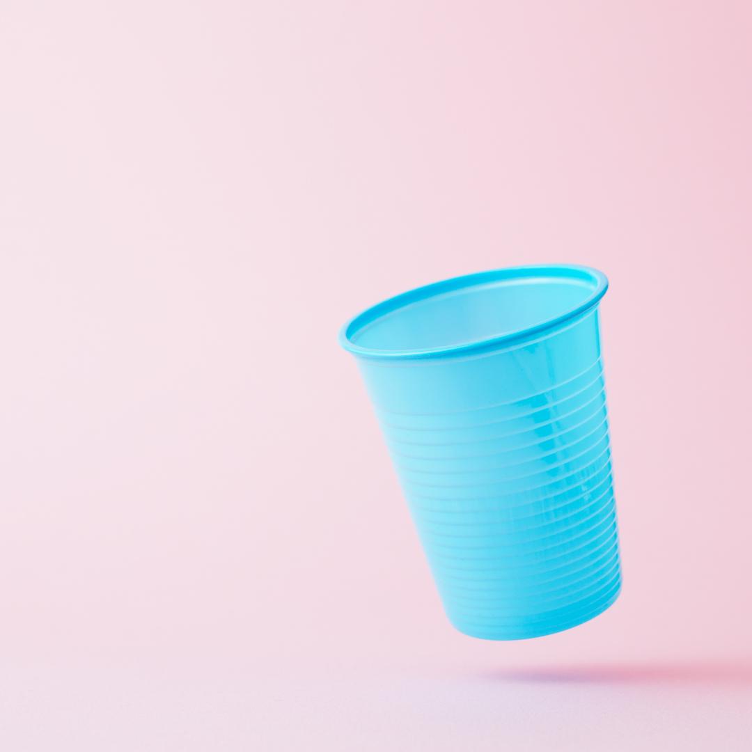 Copos de plástico